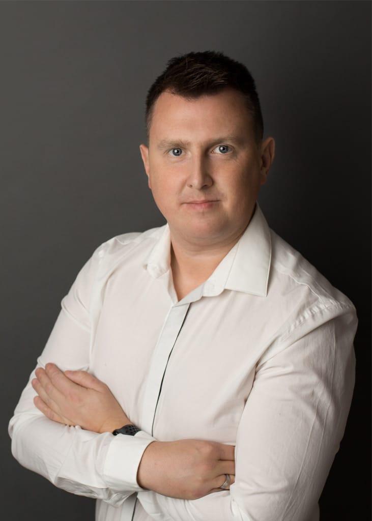 Dr Bartosz Misiurek